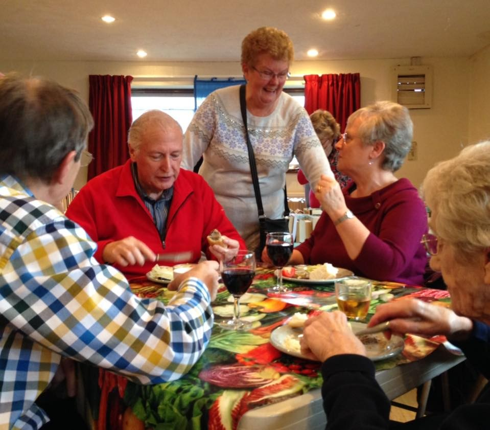 A chat over lunch