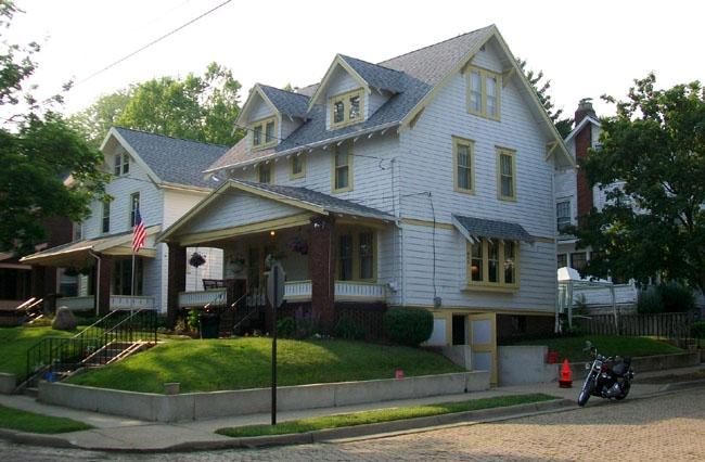 Dom Dr Boba i Anne, Akron, Ohio. stan obecny. Tutaj gościł Bill gdy poznał dr Boba w 1935 roku