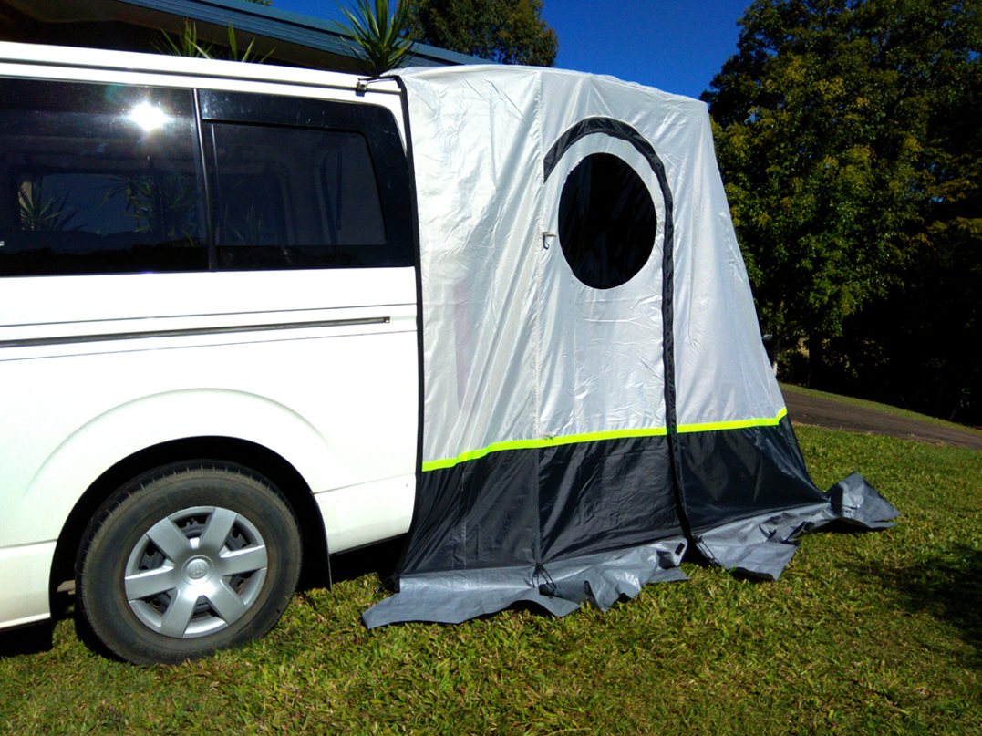Hiace 200 tailgate throw over tent