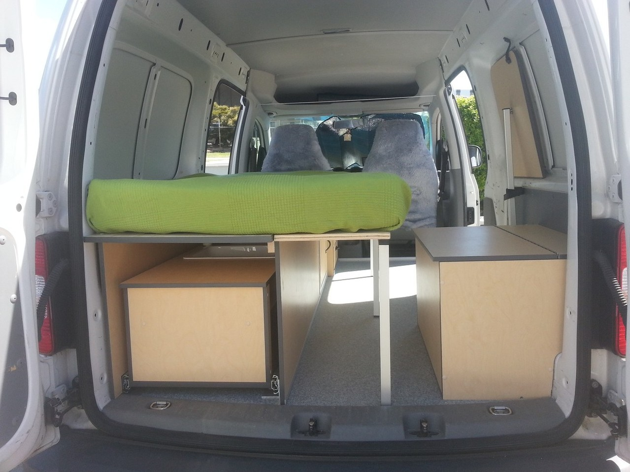 Mini Camper and weekender inside a VW Caddy
