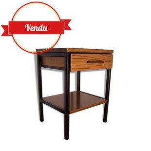 table de chevet, guéridon, bout de canapé, vintage, formica, 1950, 1960, 1970, décoration chambre, décoration salon