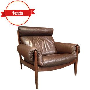 fauteuil scandinave cuir marron 1960 design, confortable, cuir, bois, marron, confortable, accoudoirs