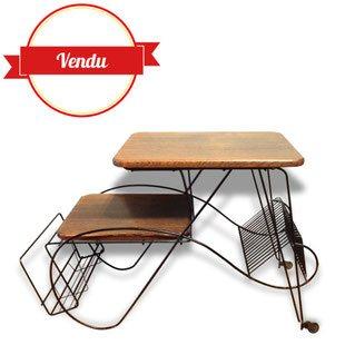 porte vinyle,meuble radio,vintage,tablette,desserte,roulante,chéne,1950,1960,1970,fer forgé,musique,unique,chene