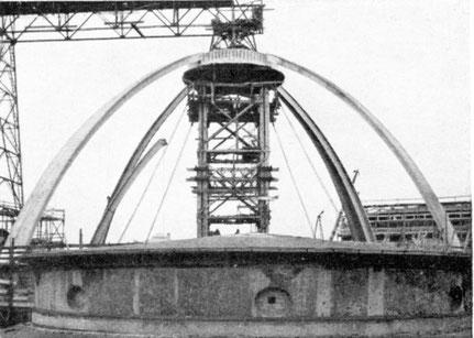 Wiederaufbau der Kuppel mit Stahlbetonsegmenten 1952-1953