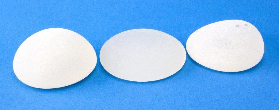 Bruststraffung und Aufbau mit Silikon-Implantaten
