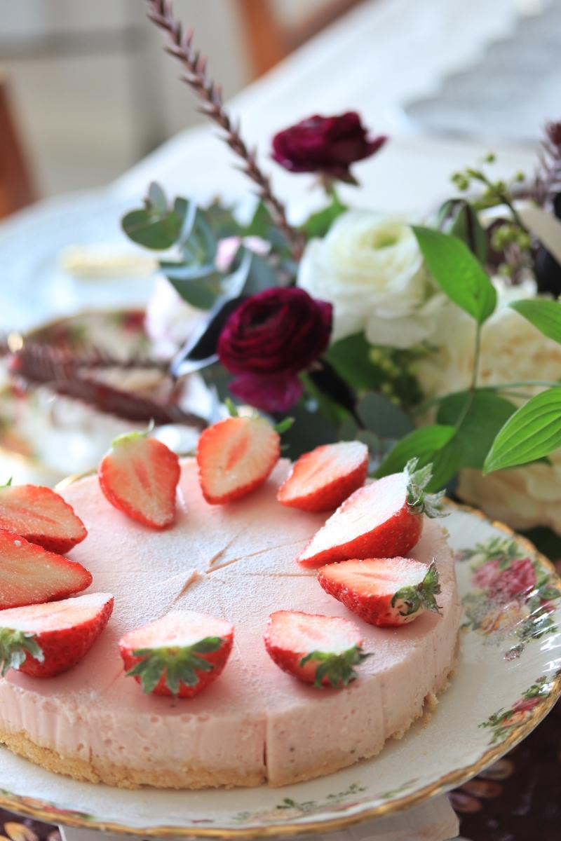 とちおとめ苺のレアチーズケーキ