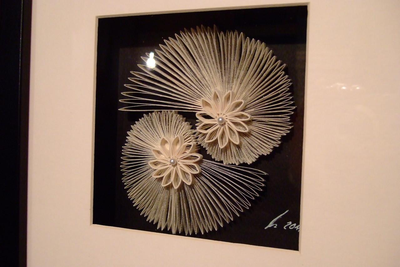 2 Buch-Schnecken und 2 Buch-Blumen mit 2 weißen Perlen 39,00€