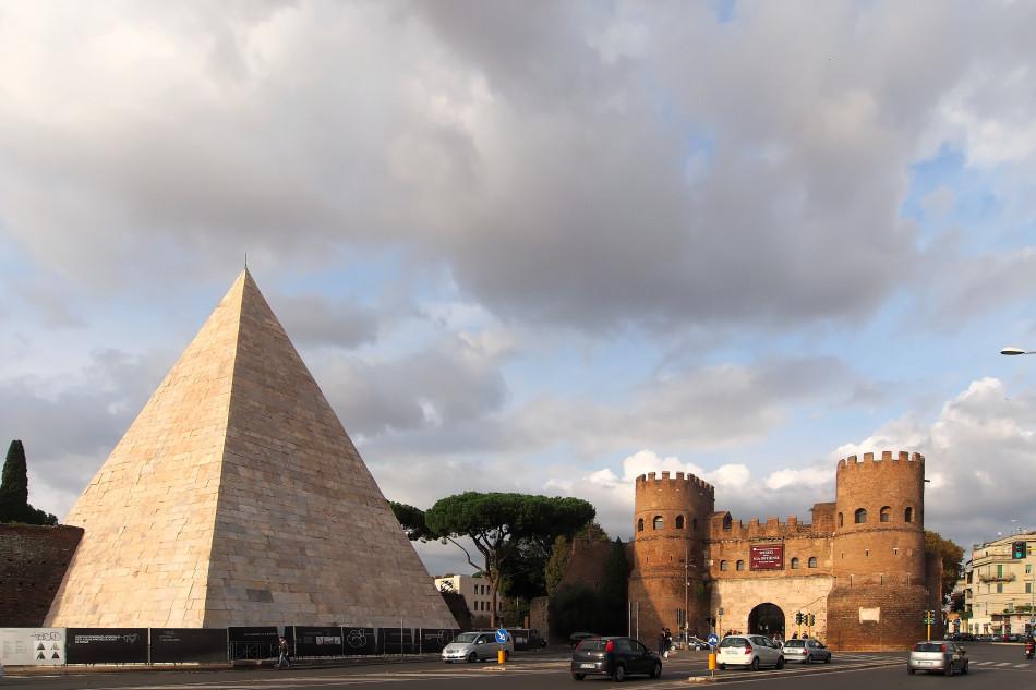 Rom - Pyramide des Cestius