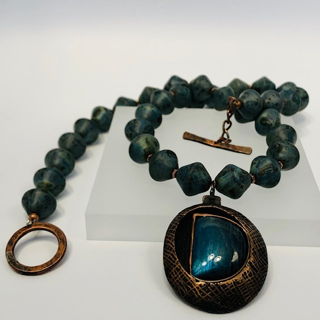 DEPTHS - necklace Hand-etched copper Labradorite cabochons Czech glass beads 130-