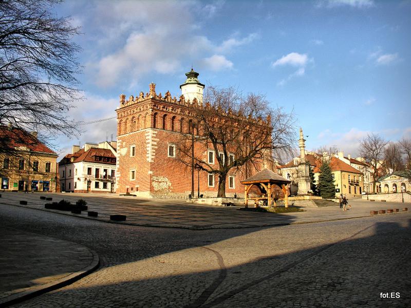 Rathaus von Sandomierz. (c) Ewa Sierokosz