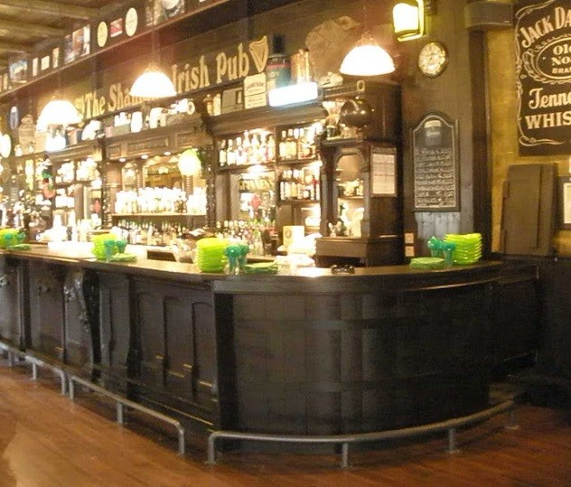 Piani tavoli da birreria pub tavoli da pizzeria tavoli for Arredare pizzeria