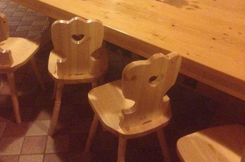 sedie tirolesi, sedia tirolese, sedie per tavernetta, sedie in stile bavarese, sedie in arte povera, sedie in stile country, sedia country