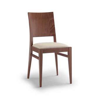 sedia in faggio per abitazione