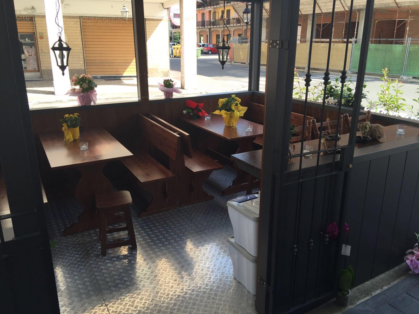 Panche Legno Per Pub.Panchina Per Bar Panchina Per Bar Sgabelli Da Cucina E Bar