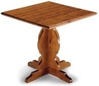 tavolo in pino 70x70x3 o 80x80x3, rogettazione irish pub, arredo irish  pub,arredo bar  www.eventodesign.net