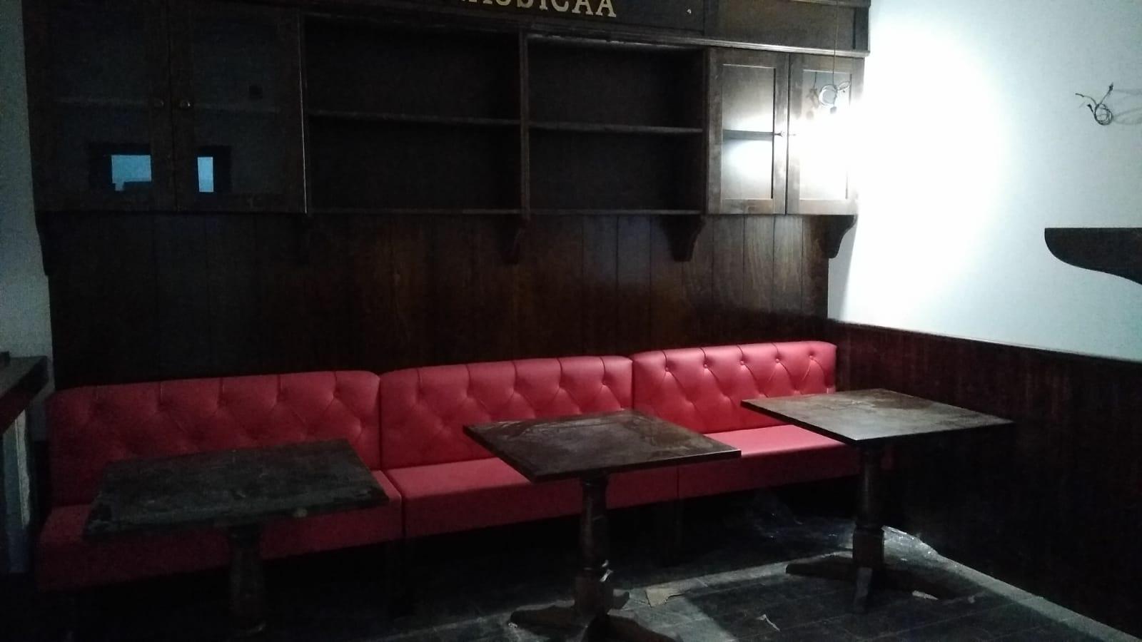 Vendita Panche Per Ristoranti.Panca In Legno Per Pub Per Irish Pub Birreria Pub Su Misura