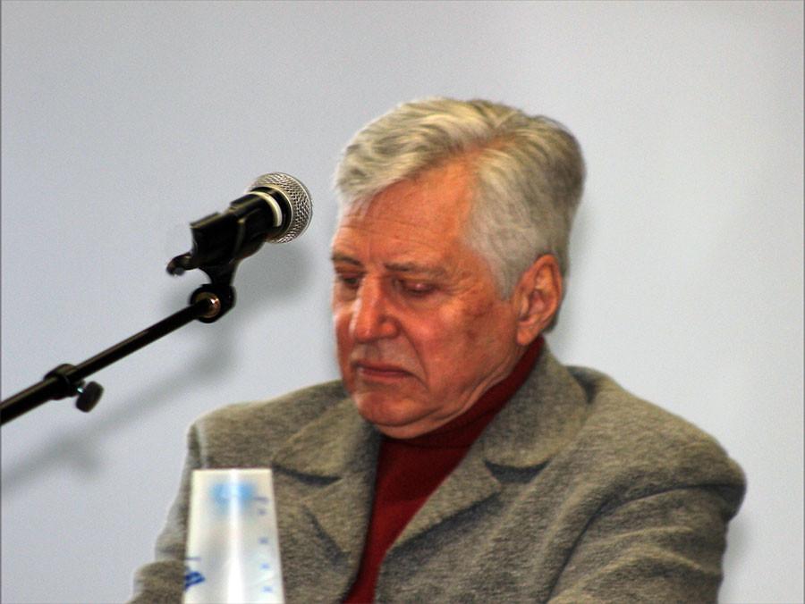 Jacques Lardoux, professeur d'université à la retraite : Madagascar dans les entretiens de Jean Paulhan et de Robert Mallet.