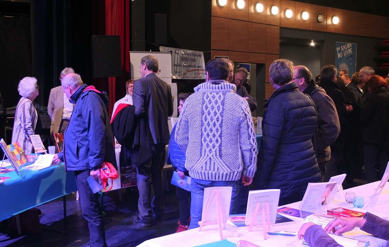 Retour en images de la participation de la Société d'Émulation d'Abbeville au premier salon du livre d'Abbeville