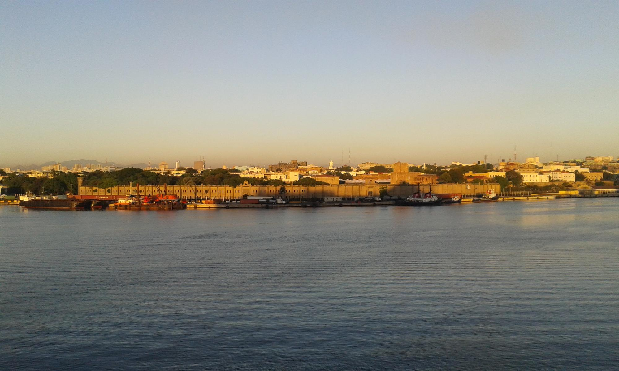 Blick vom Schiff auf die Altstadt