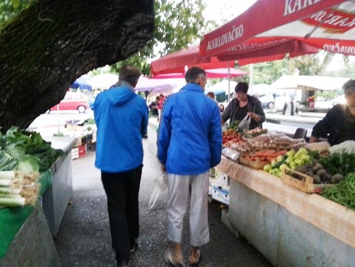 Einkauf bei Schlechtwetter