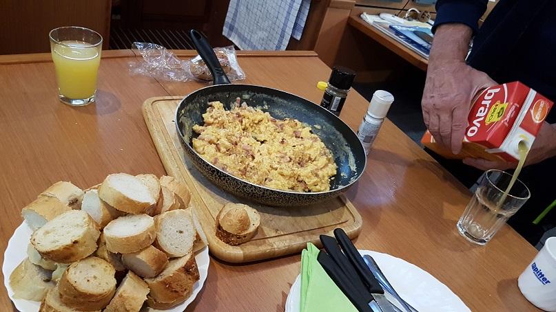 Frühstück halt ...