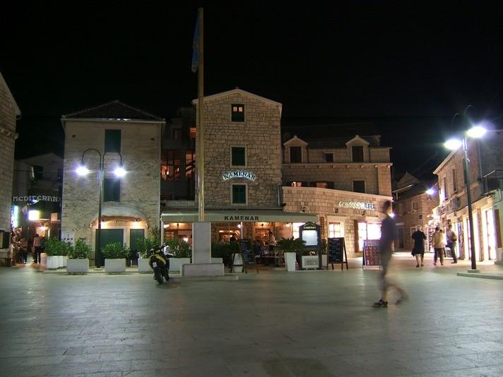 Hauptplatz bei Nacht