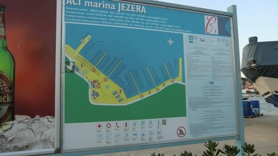 Marina Jezera auf Murter