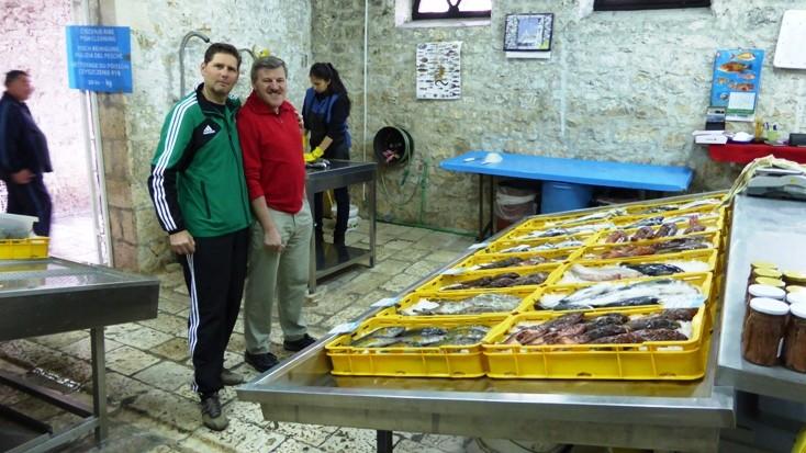 Einkauf im Fischmarkt