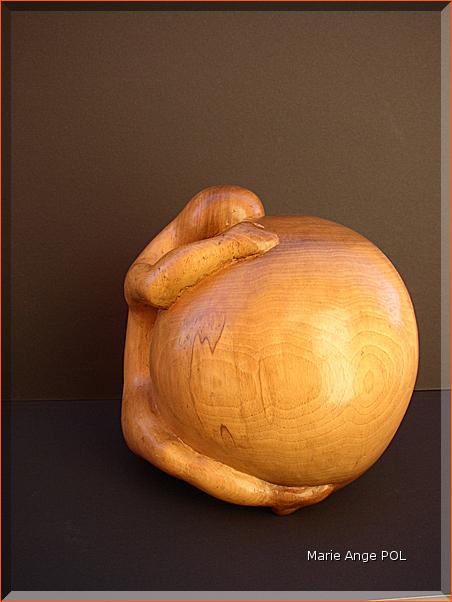L'ENVIE  - Bois de noyer - 20  x 22 cm - vendue