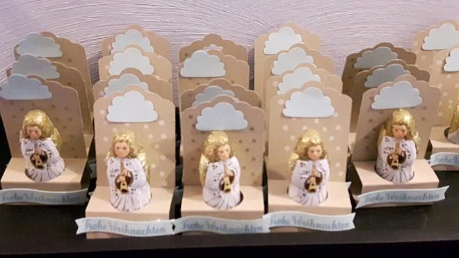 Zu Verkaufen: Hier stehen sie und warten auf ihren weihnachtlichen Einsatz! ;-)