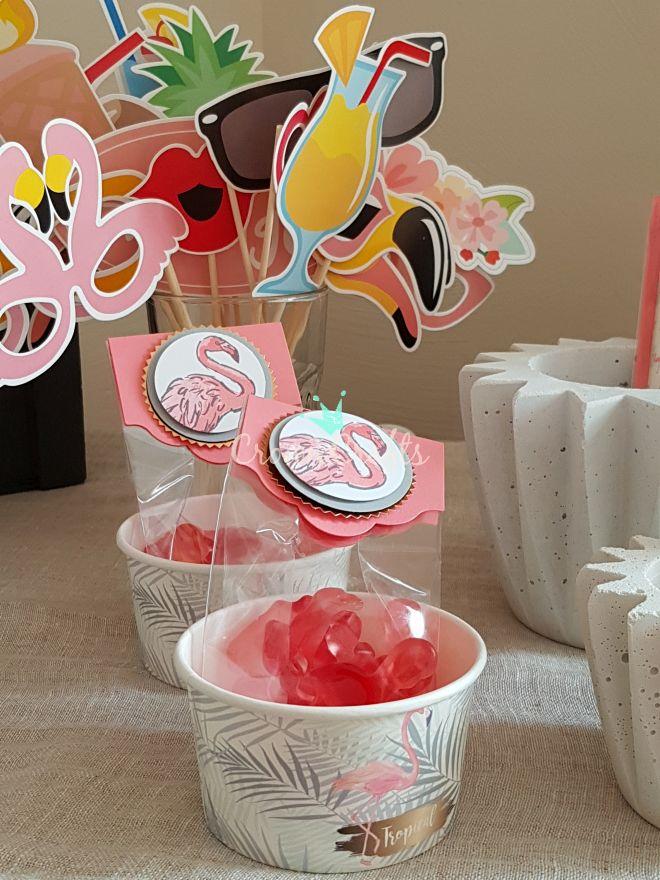 Die Eisbecher mit Haribo-Flamingos drinnen!