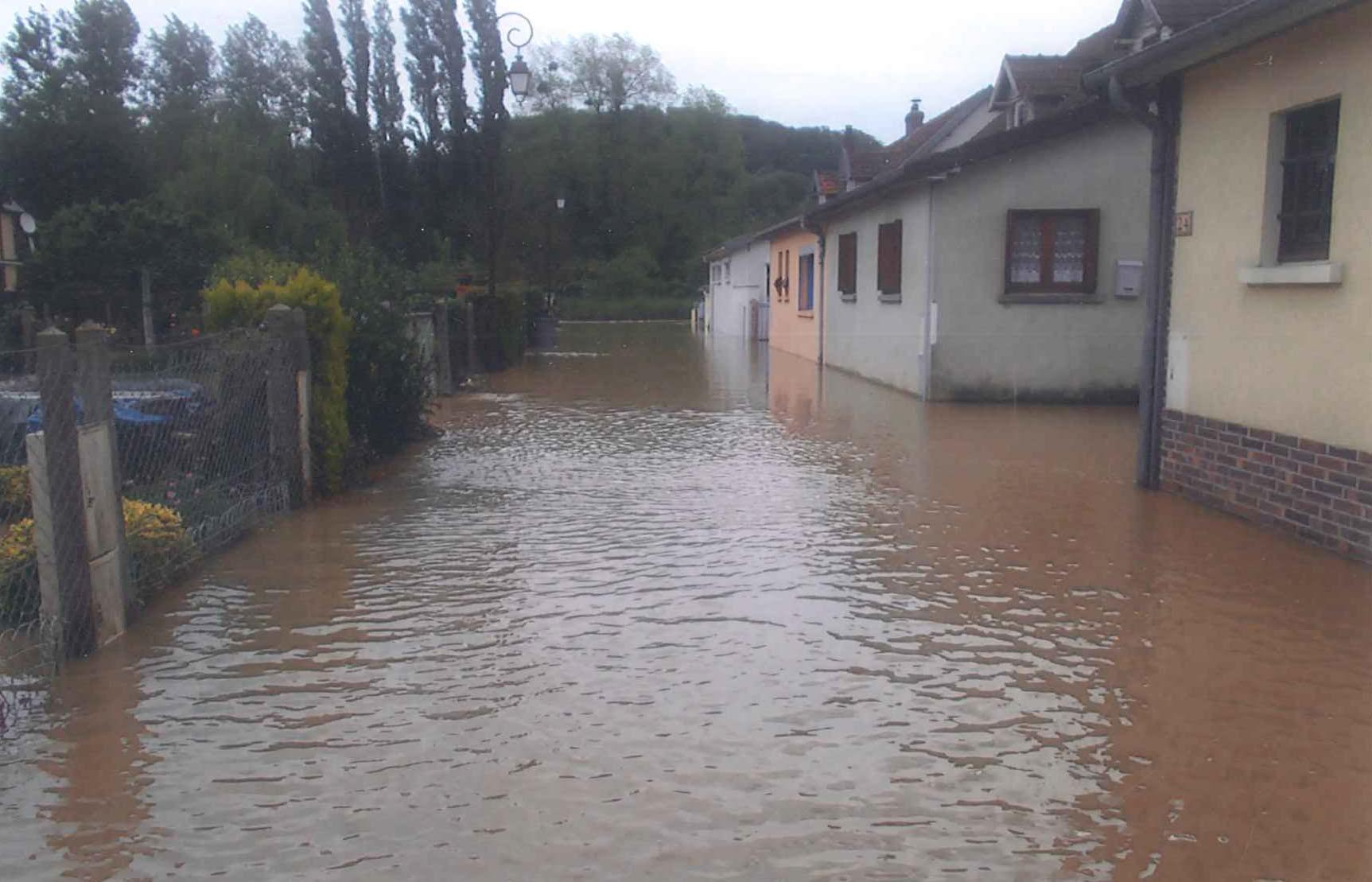 Inondations à Hautot-sur-Mer en 2014