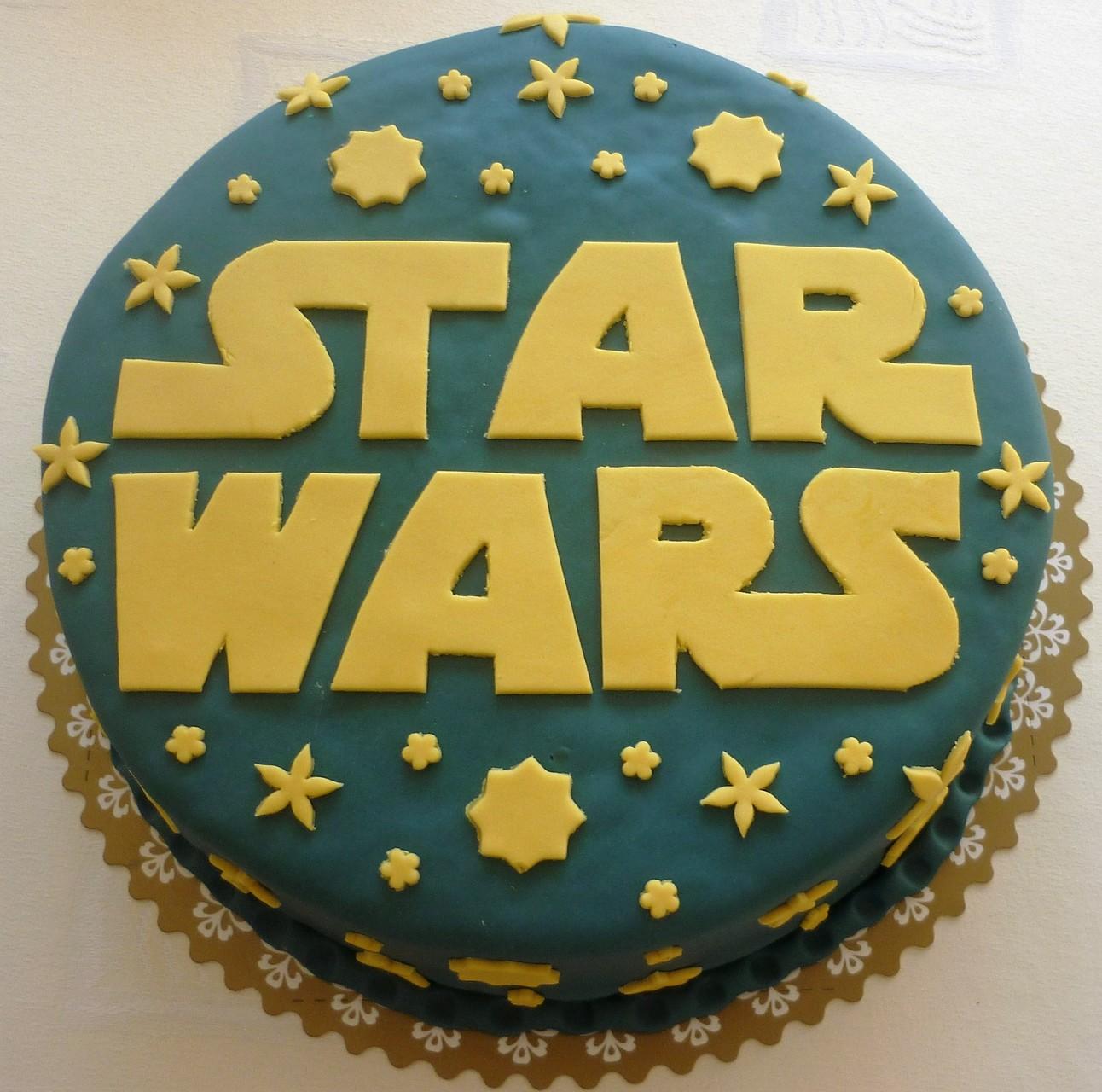Für Fans von Star Wars und Weltraumenthusiasten.