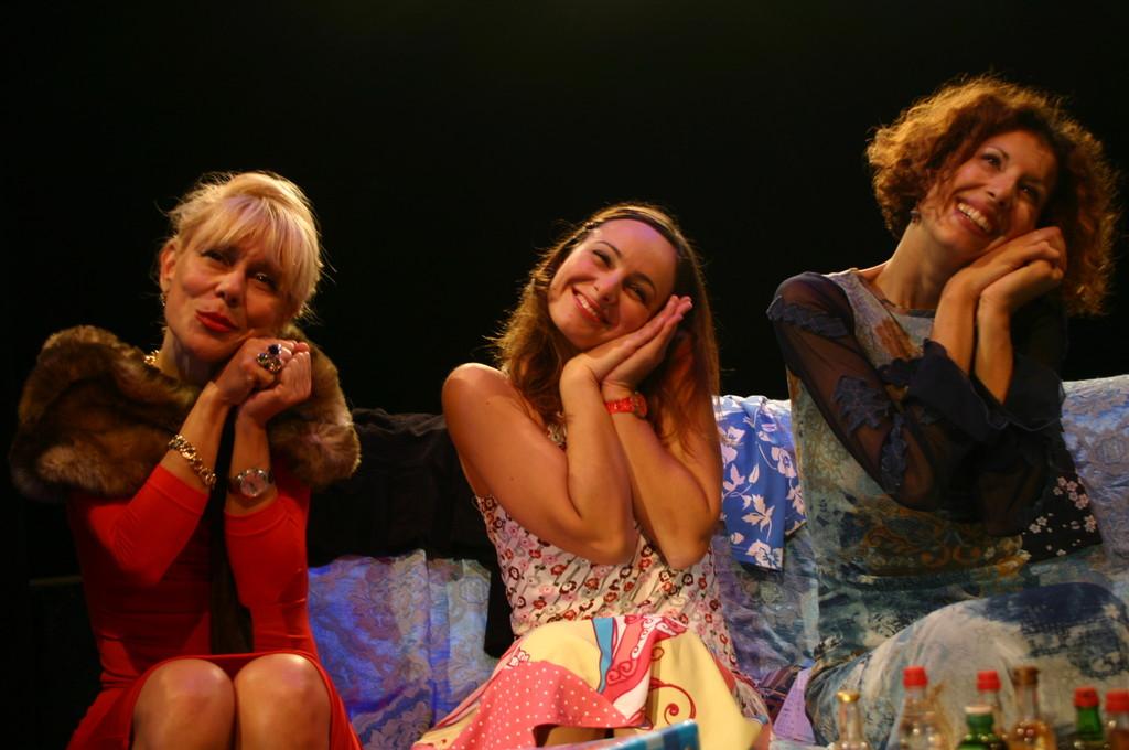 """Ottobre 2006 - """"My Fair Boy"""" al Teatro del Parco Tiburtino: Lucilla Landi, Ilenia Cerioni e Luisa Noli"""