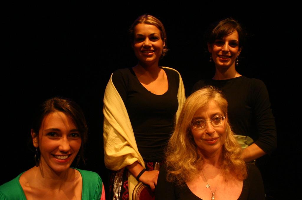 """Giugno 2008 - Teatro del Parco Tiburtino """"Cechov 1 e 1/2 """" : Eleonora Porreca, Claudia Alteri, Silvia Nurzia , Francesca Gabrielli"""