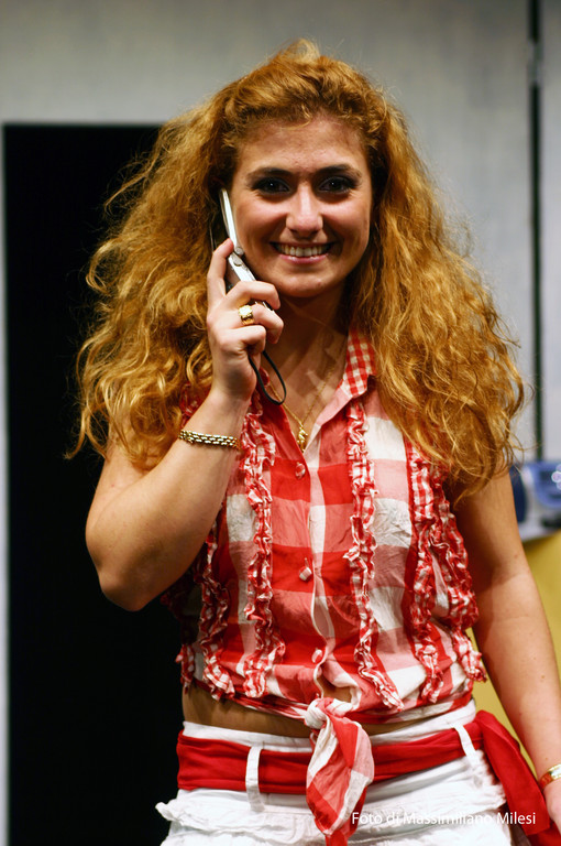 "Ottobre 2008 - Teatro AGORA' ""Due Volte al Mese....IVA Esclusa"" Testo e Regia di M.Milesi, Coreografie di Carla Aversa :  Erika Rotatori"