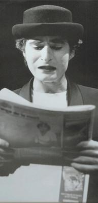 """Dicembre 1995 , Teatro AGORA' - Daniele Natali è il Primo ICARO di una Serie che continua ancora Oggi con """"Icaro....dove sei?"""" di Massimiliano Milesi da Raymond Queneau"""