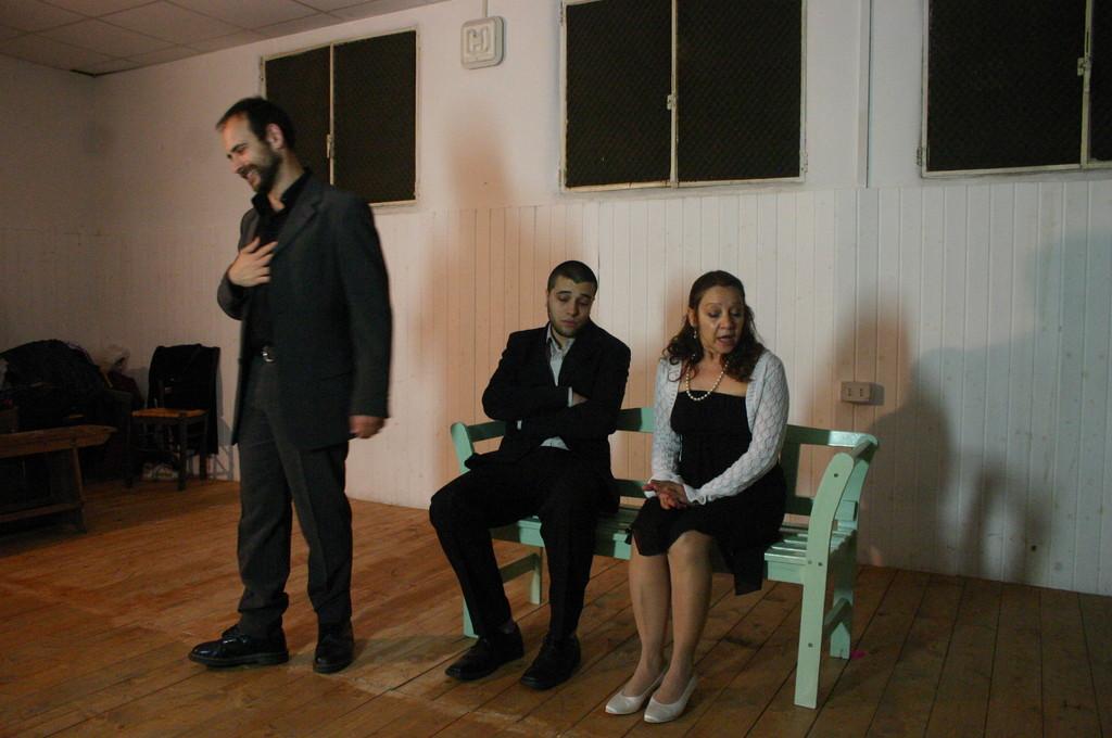 """Maggio 2009 - Backstage """"IL GIARDINO DEI CILIEGI"""" nella Sala Prove di Ciak'84: STefano Augeri, Fabio Margiotta, Carla Aversa"""