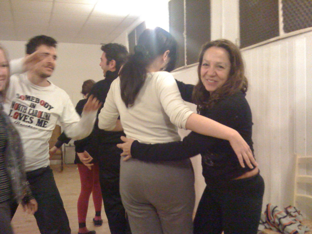 Gennaio 2009 - Carla Aversa guida un training di Movimento con un Gruppo di Allievi del Secondo Anno