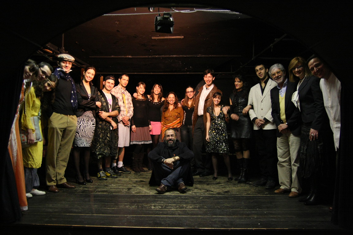"""Febbraio 2009- Foto di Gruppo di """"Tuo Affezionatissimo Cechov"""" al Teatro Elettra"""