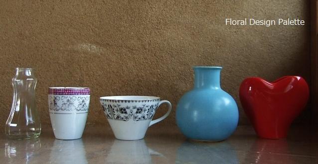 ガラス瓶・湯のみやコーヒーカップ・小さな花器に挿してみます