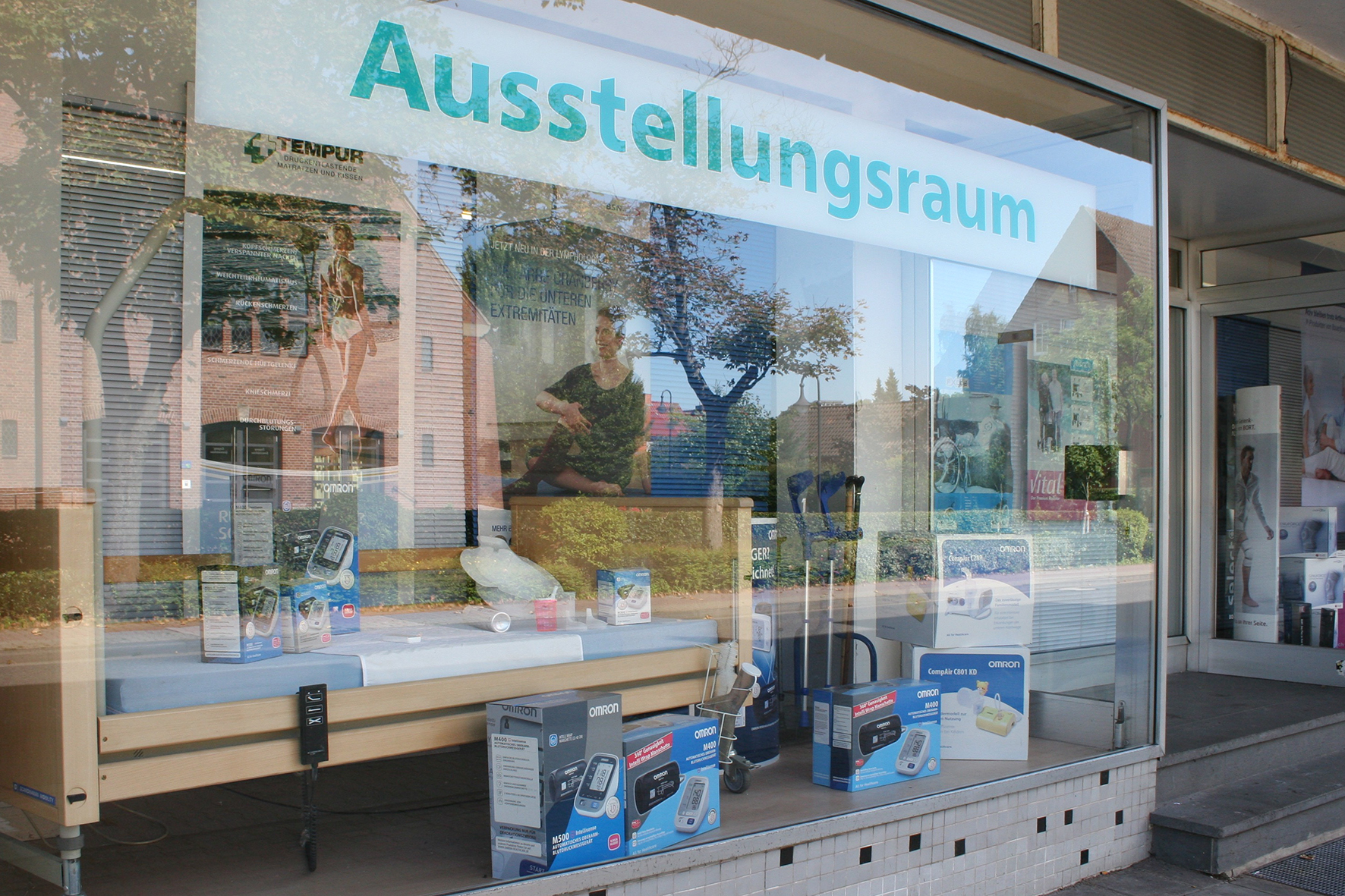 Sanitätshaus Niehoff, Ausstellung 1