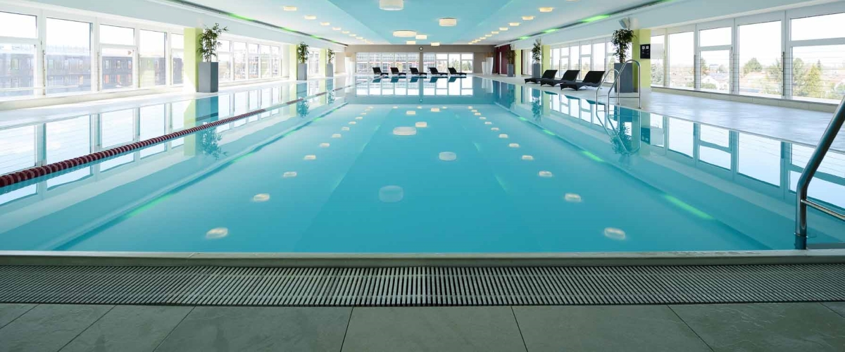 Pool im body + soul Center, München - Trudering
