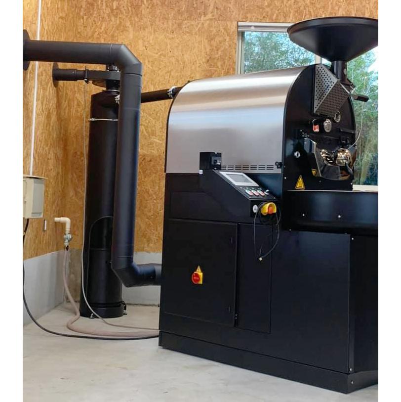 焙煎機設置と煙突工事