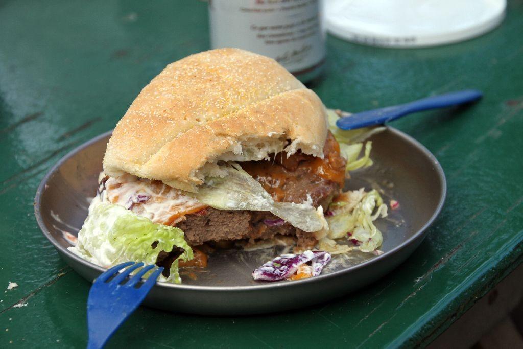 Mega-Burger