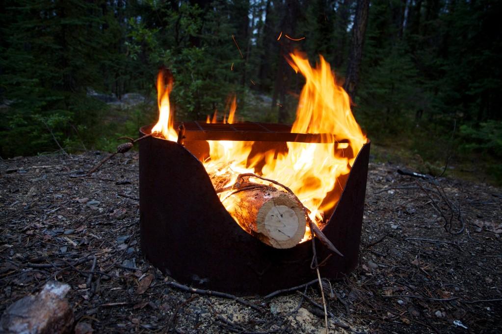 Lagerfeuer zum Sendeschluss