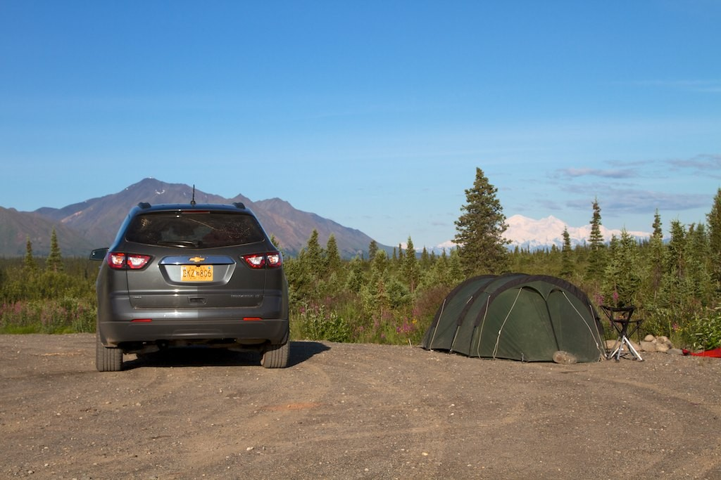 Camp am Denali Highway.