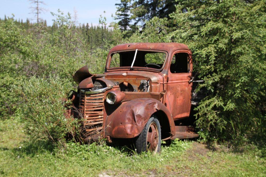 """Das meist fotografierte """"Auto"""" am Yukon"""