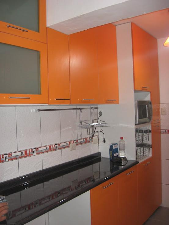 Muebles de cocina decoracion de interiores for Colores de ceramica para cocina