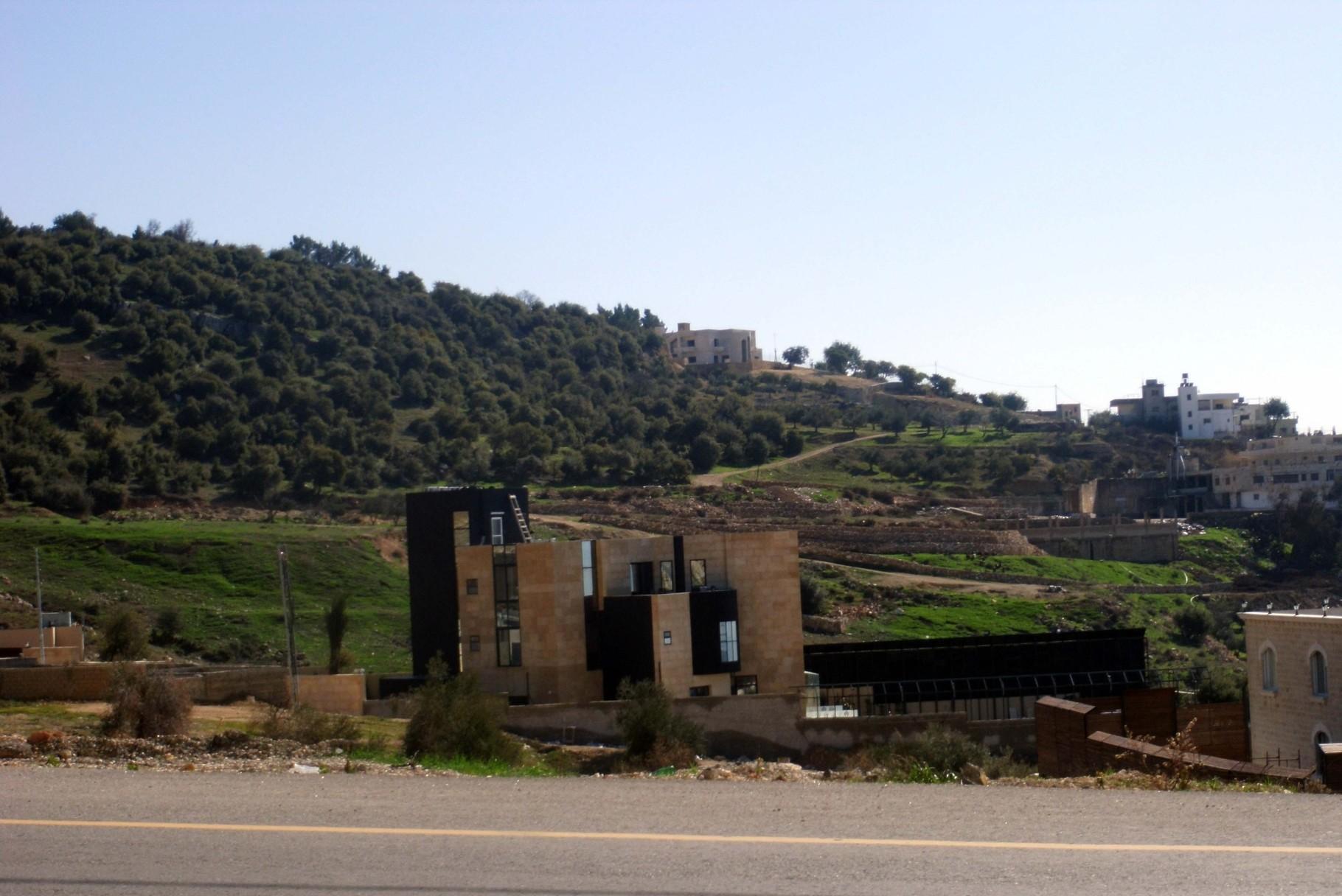 Private Villa - Mahes Jordan